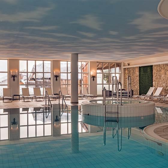 Indoor swimming pool Hotel Unterwirt