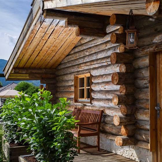 Finnische Sauna mit Garten
